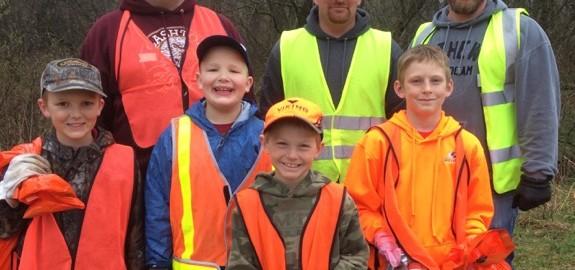 2016 hwy clean-up Grantsburg Boy Scout Pack 60